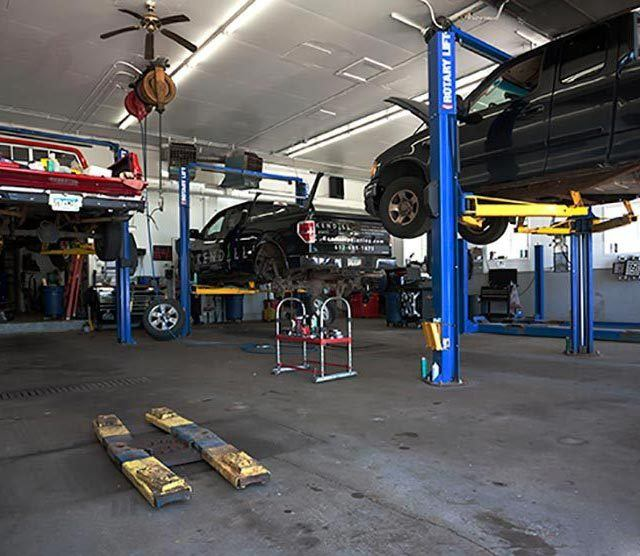 Nordgren Automotive - inside the shop